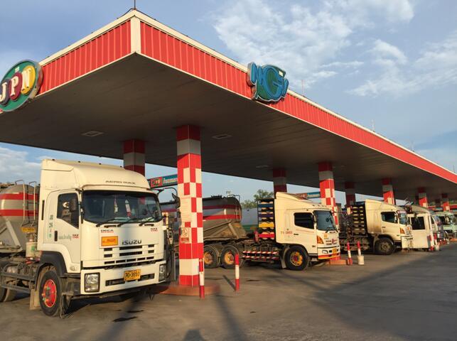 CNG加气机出口泰国(触摸屏三线双枪加气机)